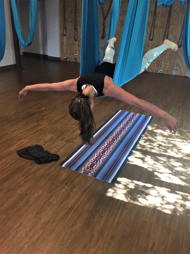 studiohopxapunchofleopard aerial yoga finish